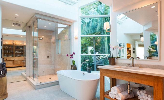 欧式别墅大洗澡间图片
