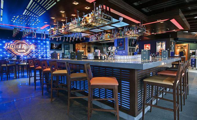 复古酒吧吧台装修效果图