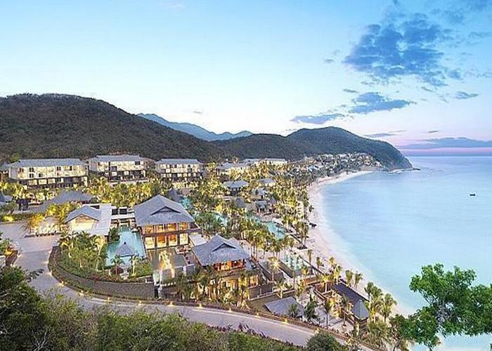 酒店业是旅游业发展的三大支柱之一,度假酒店更是与旅游密切相关的一