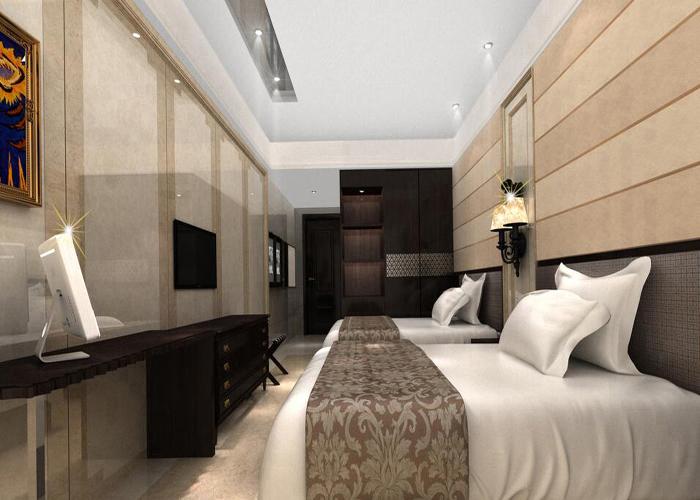 在中国,近十年的经济高速发展带动了旅游业、酒店产业的发展,同时也给商务酒店设计业创造了极为广阔的发展空间。 就发展趋势而言,近年来中国酒店纷纷改头换面,纷纷以一种全新的面貌展示在世人面前,这在某种程度上更考验了酒店设计者对酒店设计行业发展趋势的拿捏精准度。 而商务酒店设计理念在全球化和多元文化的影响之下,正渐渐呈现出更加多样和时尚的趋向,综观其内容大致有6大趋势:    趋势一:人性化舒适空间打造更受重视 酒店应以舒适为本。所有设计理念、设计要素都必须迎合顾客入住酒店的心理需求以及物质需求。 建立于满足顾