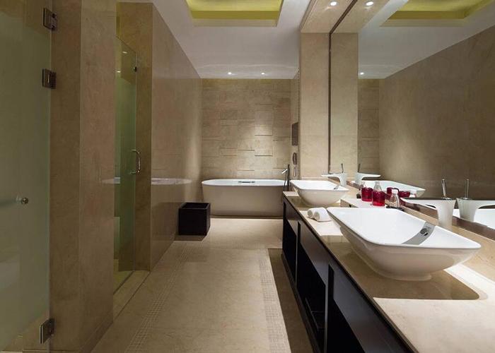 度假酒店浴室透明化设计图片